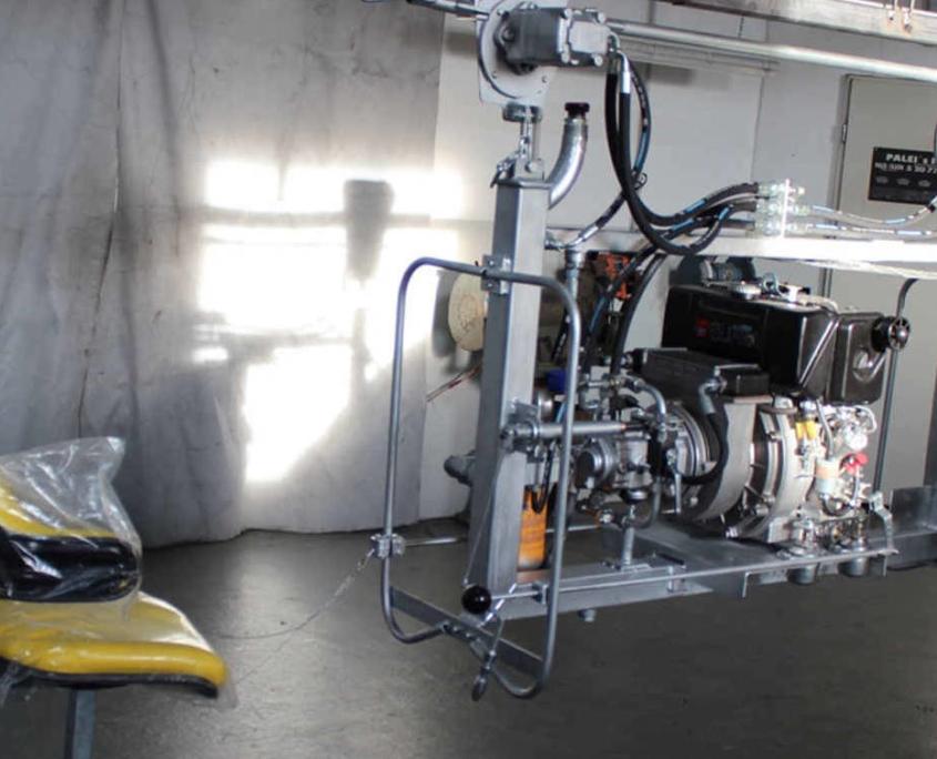 Arial Hydraulic Tractors